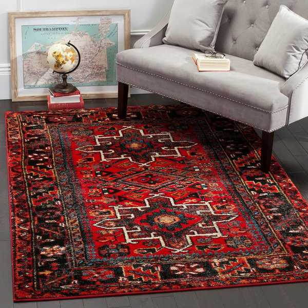 Safavieh Vintage Hamadan Red / Multicolored Rug - 4' x 6'
